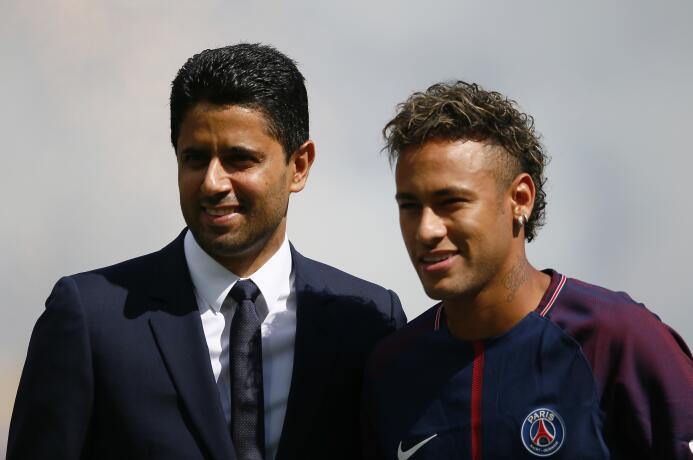 El PSG sacó la chequera y pagó más de 300 millones de euros por Neymar J...