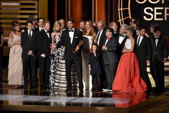 Una vez más la mejor comedia 'goes to' fue ¡Modern Family! Este es el qu...
