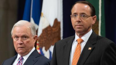 El vicefiscal general propuso grabar en secreto a Trump e invocar la Enmienda 25 para removerlo, según NYT
