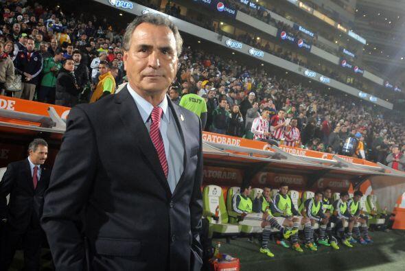 El 'Güero' Real regresa al banco del Guadalajara como director técnico e...