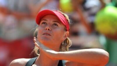 Maria Sharapova buscará el título de Roma ante Li.