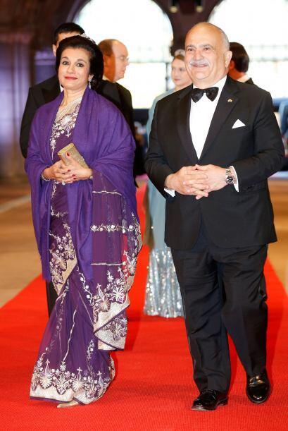 Príncipe El Hassan bin Talal de Jordania y la princesa Sarvath El Hassan.