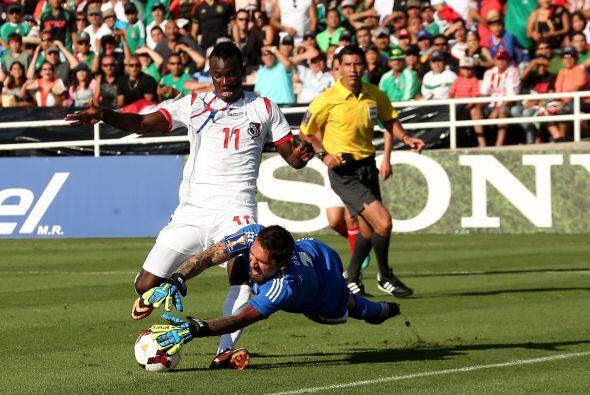 Jonathan Orozco fue de lo más rescateble para el equipo mexicano pues pe...
