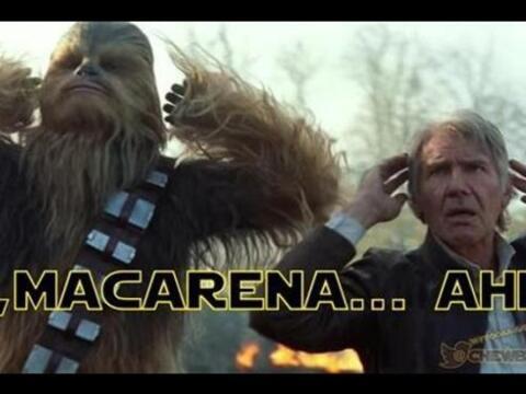 Únete al lado oscuro de la fuerza y ríete un poco con esta...