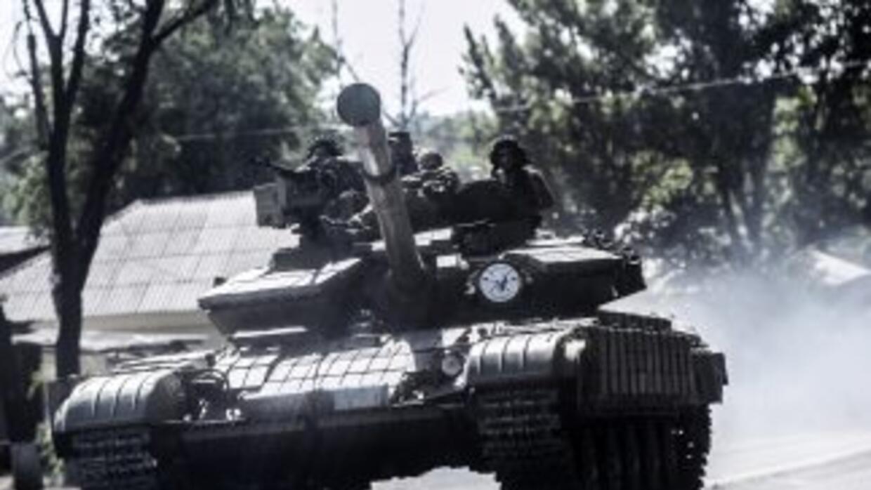 Rusia estaría ayudando a los rebeldes a expandir sus combates enviando t...