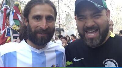 Él es Mati, un argentino soñador que llegó a Rusia en bici