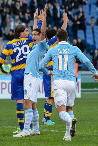 El último zaguero es el italiano Giuseppe Biava, jugador de la Lazio.