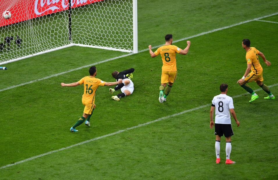 Alemania sufre, pero vence a una aguerrida Australia GettyImages-6977013...