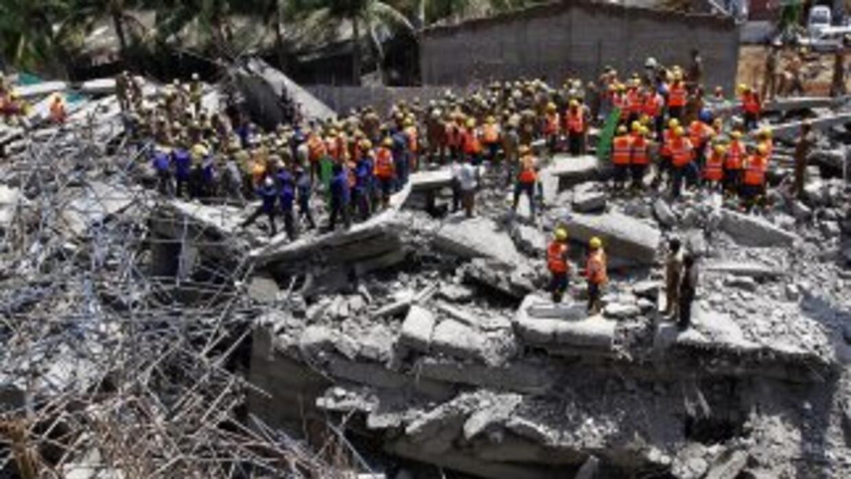 El derrumbe de edificios es frecuente en India a causa de una legislació...