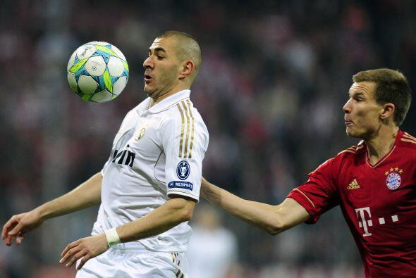 Karim Benzema espezaba a ser el jugador más peligroso del Madrid y la de...