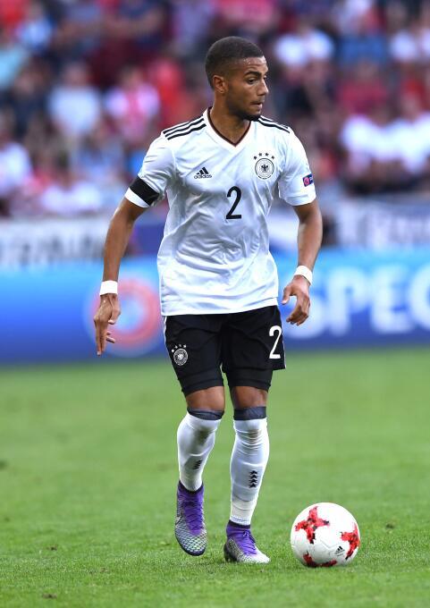 El alemán Jeremy Toljan saldría del Hoffenheim para dar el salto a la Pr...