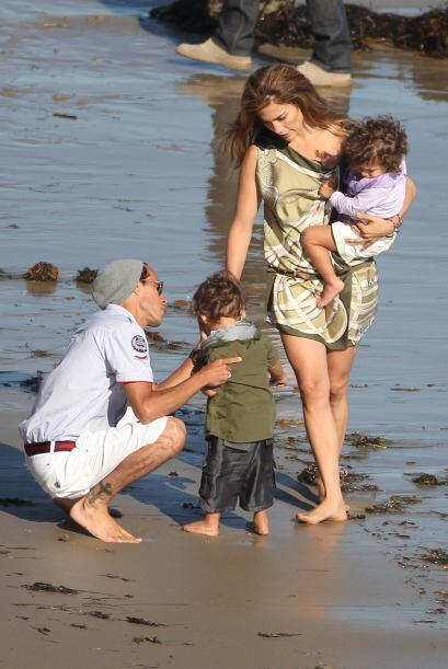 Crees que Jennifer Lopez era la versión latina de Angelina Jolie?  Mira...