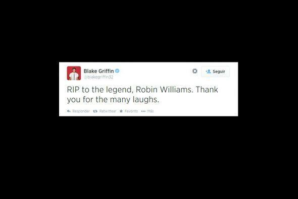 El basquetbolista Blake Griffin, también reaccionó ante la noticia de Ro...