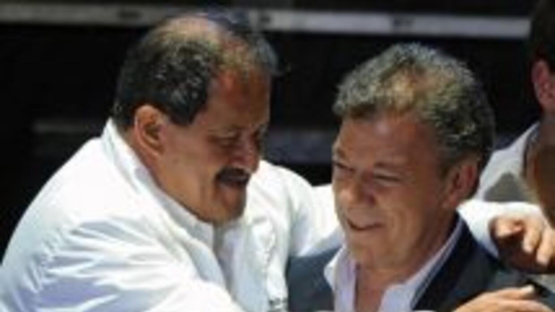 Angelino Garzón se recupera en una clínica del norte de Bogotá del infar...