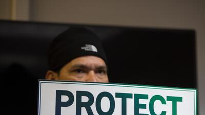 Con el fin del TPS, unos 195,000 salvadoreños tienen hasta septie...