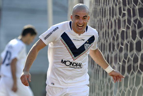 El 'Tangue' Silva salió de manera cuestionada de Vélez, a mitad del 2011...