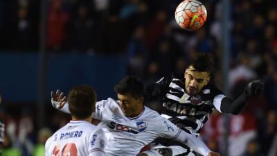 Nacional y Corinthians no se hacen daño en Libertadores y definirán en Brasil