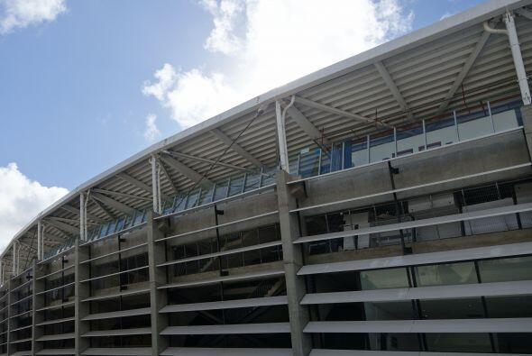 Este estadio está localizado en la ciudad de Salvador Bahí...