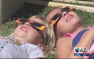 Euforia por el eclipse en Tucson