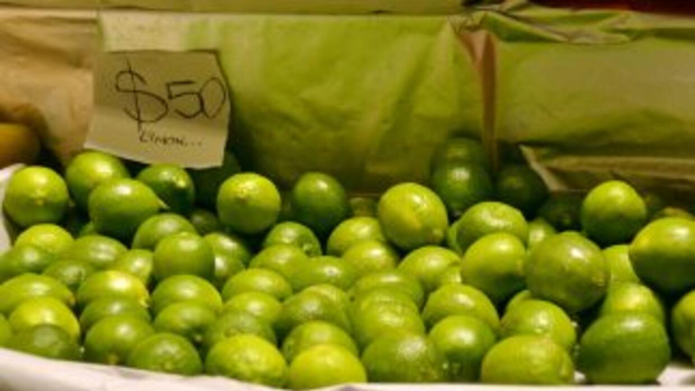 Gracias a su elevado precio, los limones son un lujo en México.