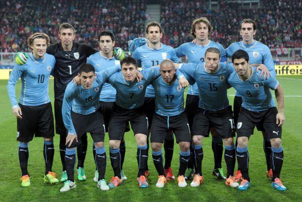 Campeones en 1930 y 1950, los uruguayos buscarán levantar de nuevo la Co...