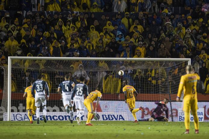 En Fotos: ¡Qué clase de empate! Tigres y Monterrey igualaron 1-1 en una...