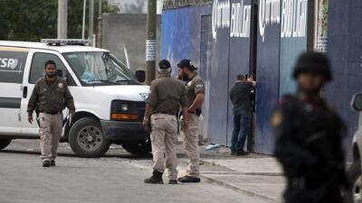 Mueren 10 tras ataque armado en Monterrey, México