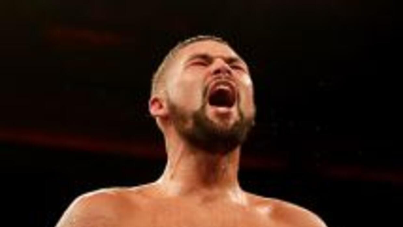 Tony Bellew le ganó la eliminatoria de título a Nathan Cleverly.
