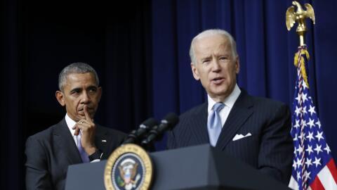 Barack Obama y Joe Biden (foto de archivo)