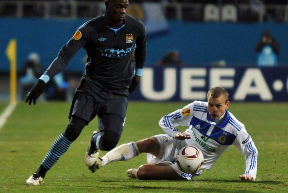 El Manchester City fungió como visitante ante el Dínamo de Kiev.