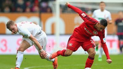 El Bayer Leverkusen rescató un empate 3-3 ante Augsburgo sin 'Chicharito'