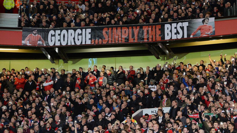 Homenaje a George Best en Old Trafford.