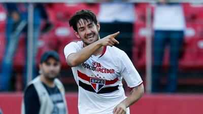 Hiddink confirma la incorporación inminente de Pato al Chelsea