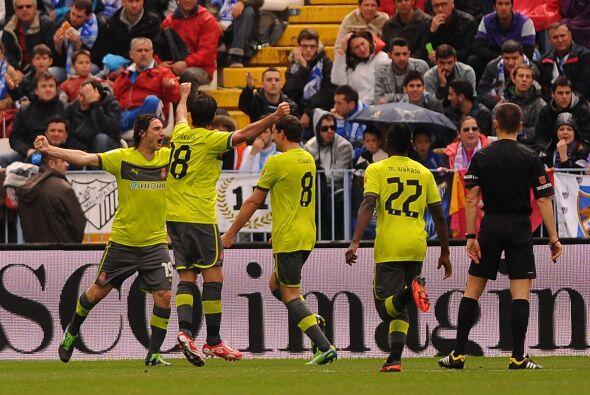 Cuando se jugaba el minuto 49, los espanyolistas se fueron al frente.