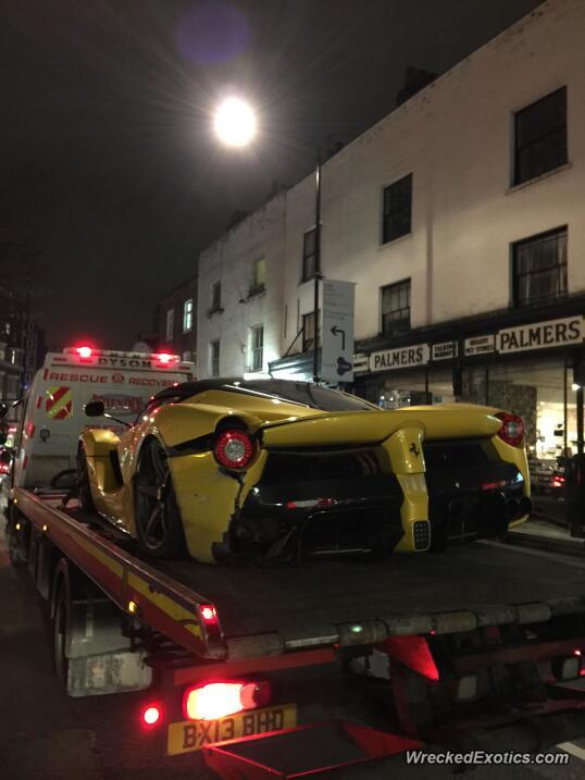 Así terminó el Ferrari 458 Spider que era de 'Lord Ferrari'  900-o19761-...