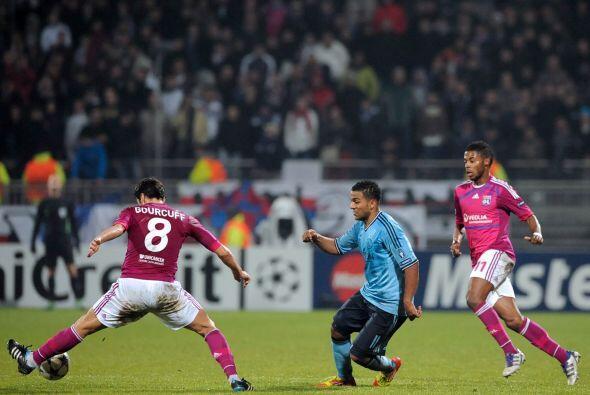 En otros duelos, el Ajax se metió a la casa del Lyon con el objetivo de...
