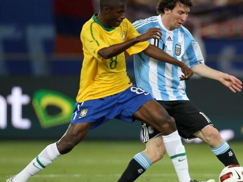 El 2010 fue confuso para el fútbol sudamericano, confuso y amargo...