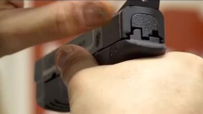 Se intensifica la polémica sobre la restricción a la venta de armas en Pittsburgh