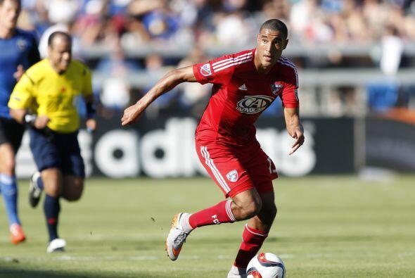 TESHO AKINDELE (CAN) | El novato del año de la MLS en 2014 se afianza de...