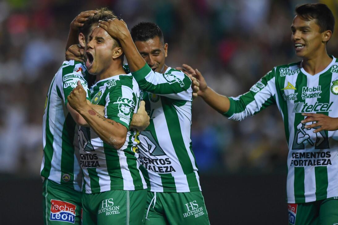 En fotos: Los Pumas se desmoronan tras una nueva derrota, ahora ante Leó...