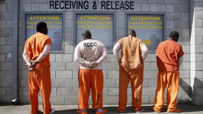 California revisará cadenas perpetuas de presos reincidentes no violentos con posibilidad de libertad condicional