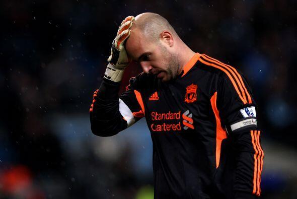 Pepe Reina, arquero de los visitantes, asumió parte de la culpa en ese gol.
