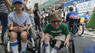 La ley de discapacidad fue firmada por el presidente George H.W. Bush el...