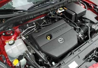 El nuevo motor que utiliza esta versión es un cuatro cilindros en línea...