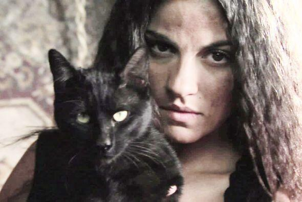 "Pronto la veremos encarnar a ""La Gata""."