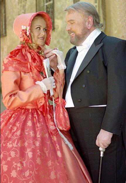 Carlos Cámara e Ingrid Martz en Amor Real