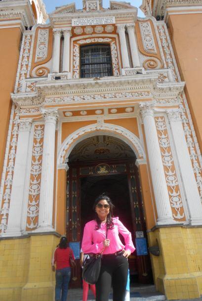Celebro las navidades en Michoacán, fue a Cholula y al D.F. a Coyoacán d...