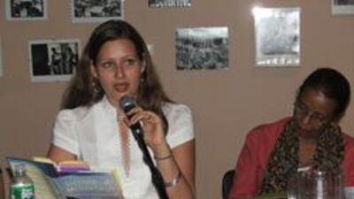 Latinos en el Festival de libros de Brooklyn 514a4840b895407aa4852b227aa...