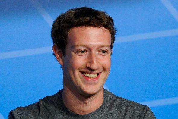 1.MARK ZUCKERBERG. El fundador de Facebook cobró en 2012 un salar...