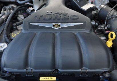 El motor es de 2.4 litros con 150 caballos de fuerza o 180 para la versi...